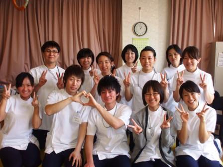 201104リハビリ集合写真ブログ.JPG